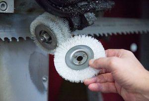 Щітки для видалення металевої стружки